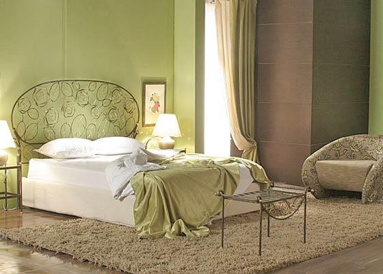 Кованые кровати с подъемным